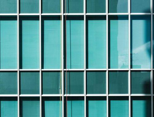 Skuteczne metody na czyste okna